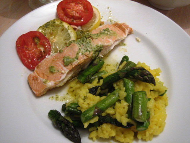 Salmon en Papillote with Basil Butter - Andicakes