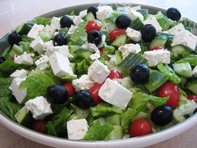 Simple greek salad with dressing