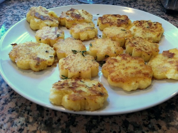 Pan Fried Thyme Polenta