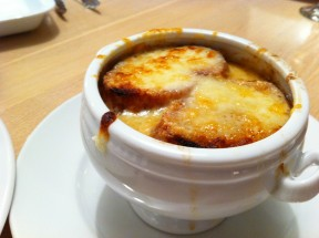 completed French Onion soup 288x215 French Onion Soup