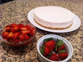 No bake Strawberry Cheese cake 288x215 No Bake Strawberry Cheese Cake