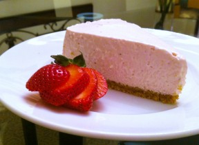 Slice of no bake strawberry cheesecake 288x211 No Bake Strawberry Cheese Cake